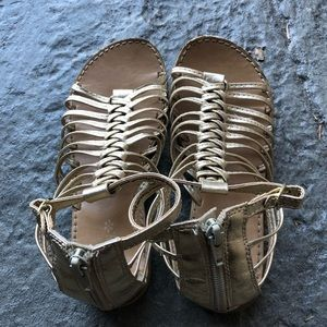 Girls Size 1 Gold Sandals